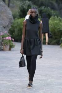 fashion-shows-resort-22-assa-lexi-0