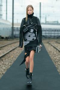 fashion-shows-resort-22-assa-lexi-1