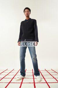 jecardi-sykes-closed-5