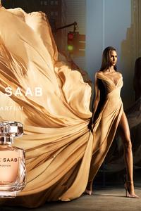 cindy-bruna-elie-saab-le-parfum-ss21-cover